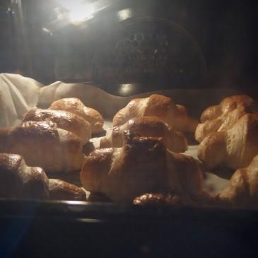 6. Croissant
