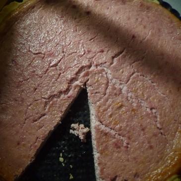 7. Tvarohovo-malinový koláč